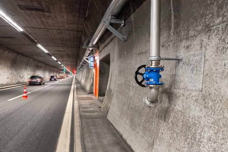 SOS- und Hydranten-Nischen im Kerenzerbergtunnel